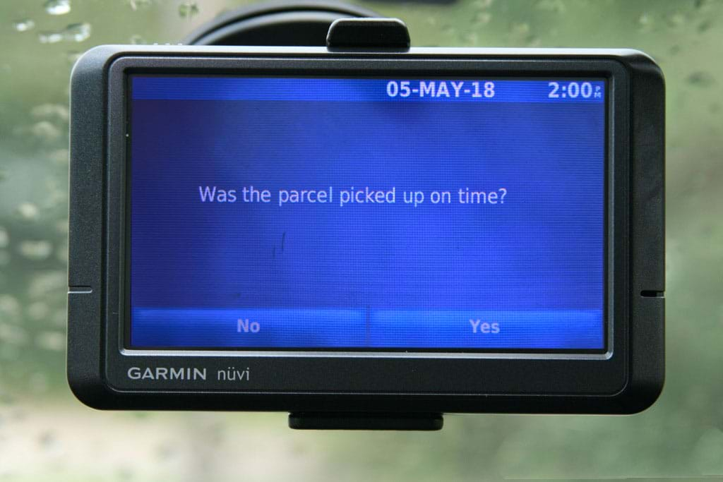 Read and answer messages directly in the vehicle display